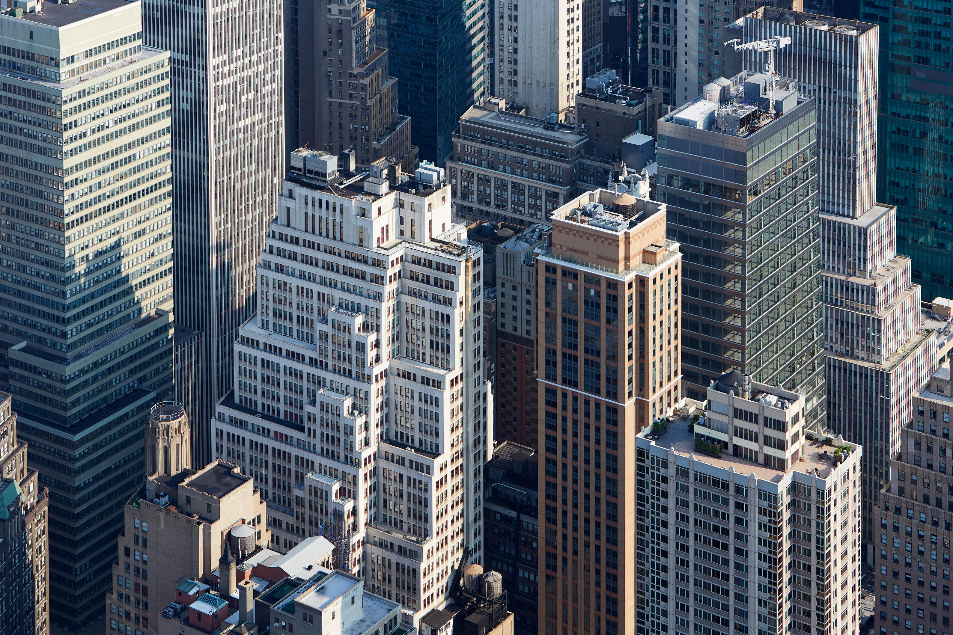 new-york-city-manhattan-skyscrapers-aerial-view-in-PYQ4G2C-1