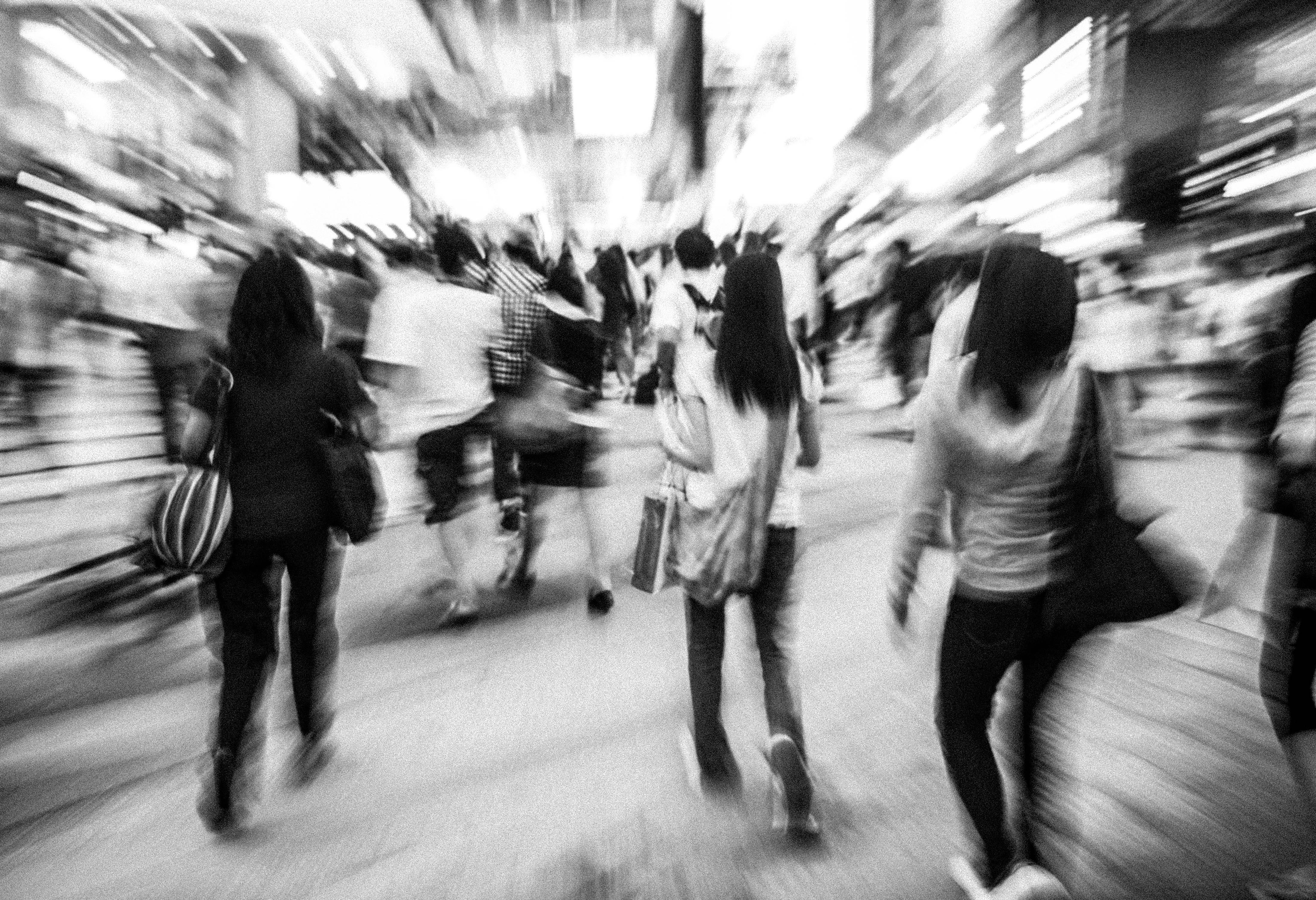 people-in-motion-PE2XKR5-13